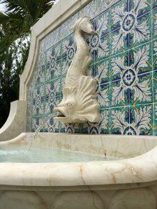 Baxter dolfin fountain detail