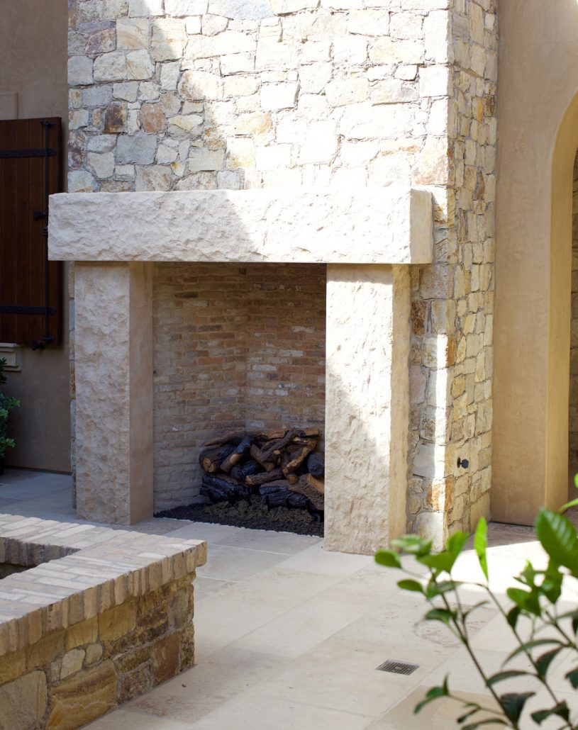 Corso mantel in French limestone