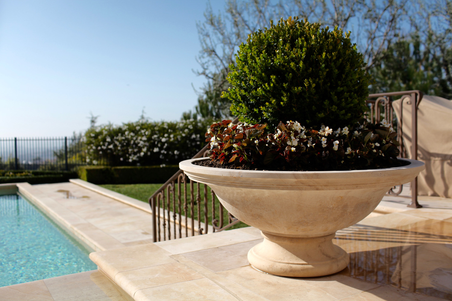 Planters & Finials - BT Architectural Stone