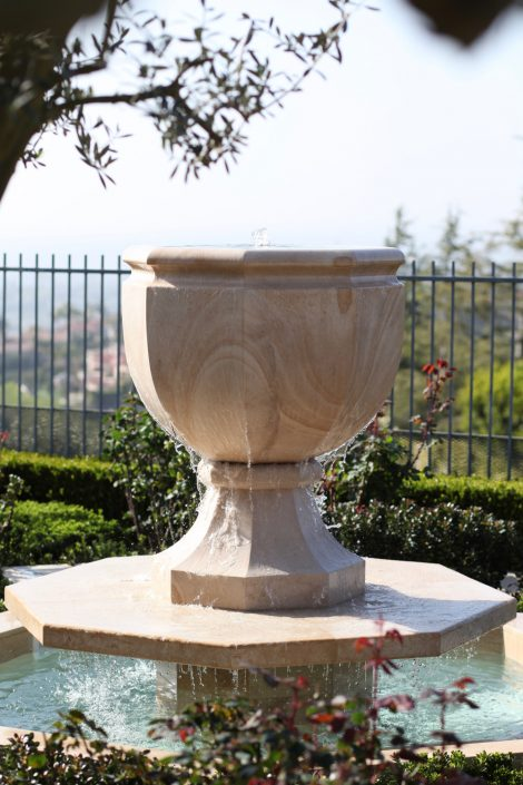 Octagonal Urn Fountain in Beaumaniere limestone