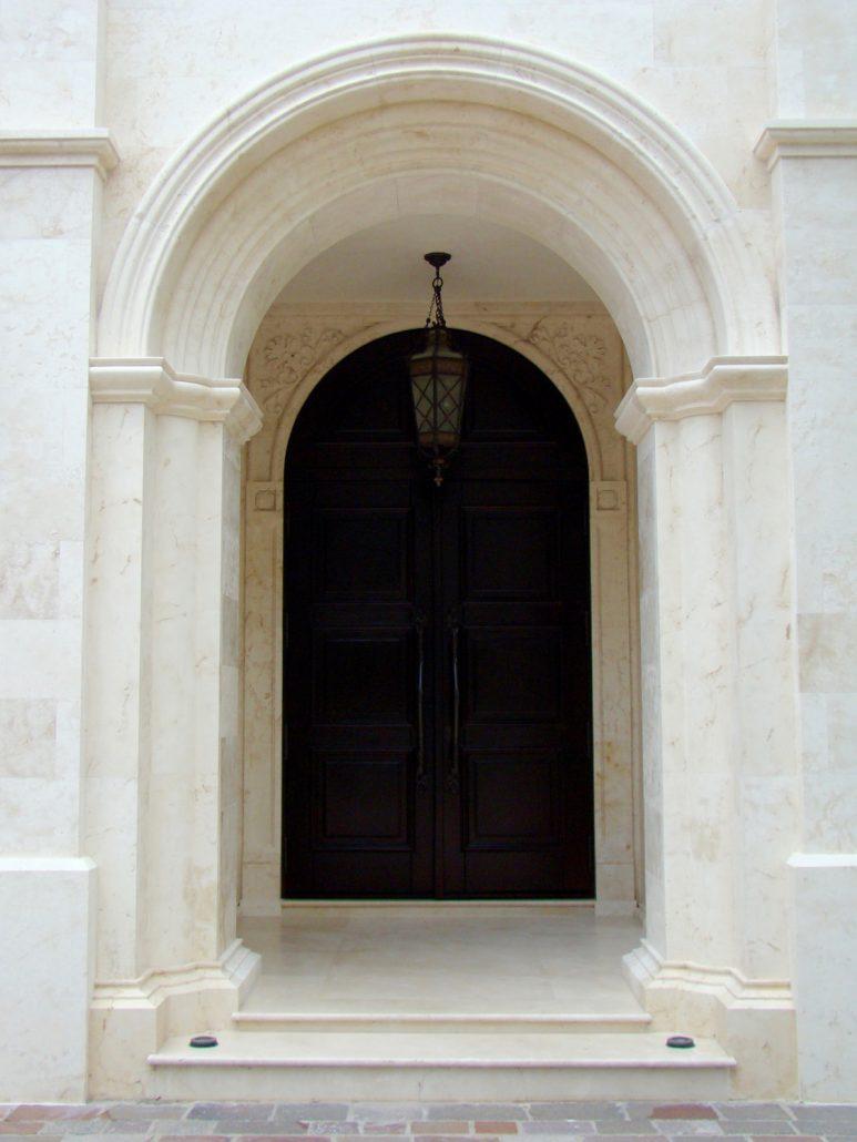 Topp close entry