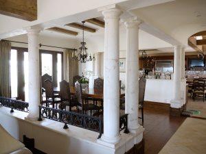 Tremont dining columns