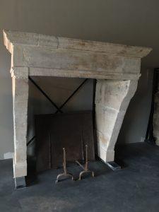 antique_fireplaces-12